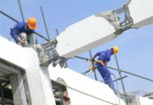 Phá dỡ công trình có nguy cơ đổ sập