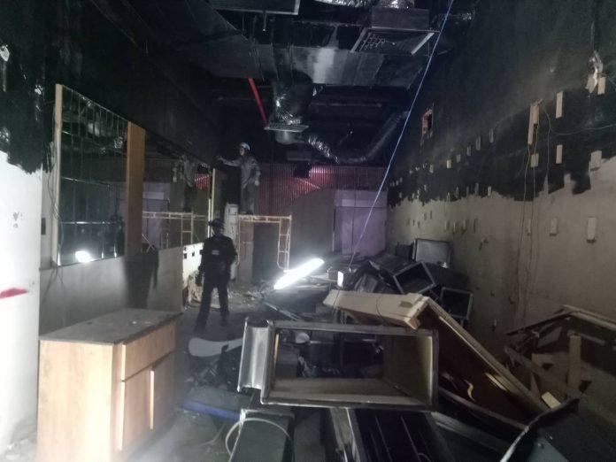 Phá dỡ công trình nhà hàng