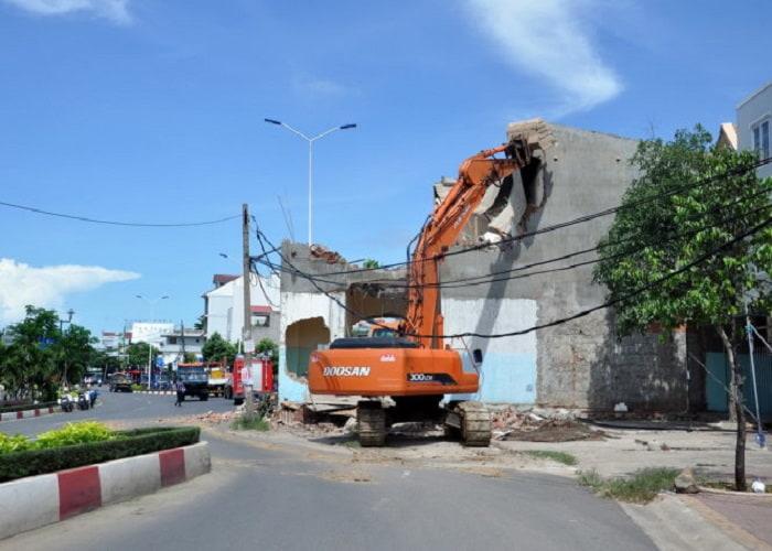 Phá dỡ tại Tân Bình