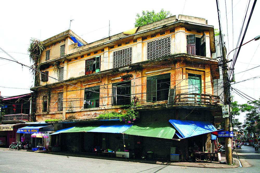 Phá dỡ chung cư cũ Hải Phòng