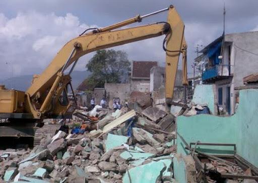 Phá dỡ công trình tại Bến Tre