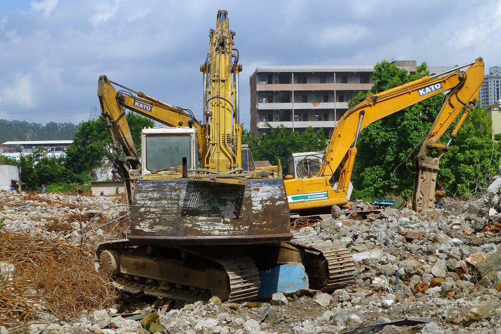 Phá dỡ công trình uy tín Bình Thuận