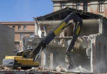 Phá dỡ công trình tại Trà Vinh