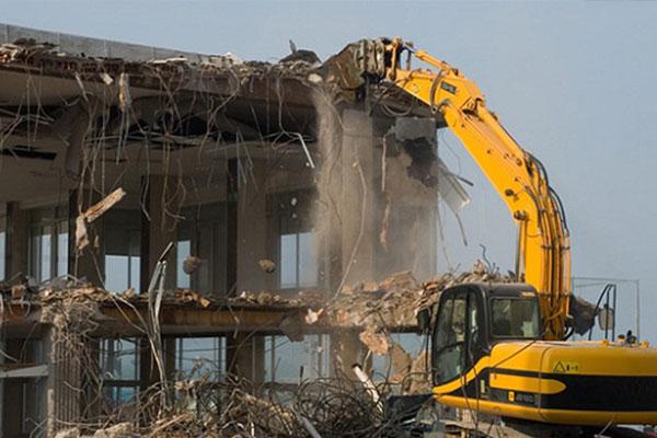 Phá dỡ công trình tại Bạc Liêu