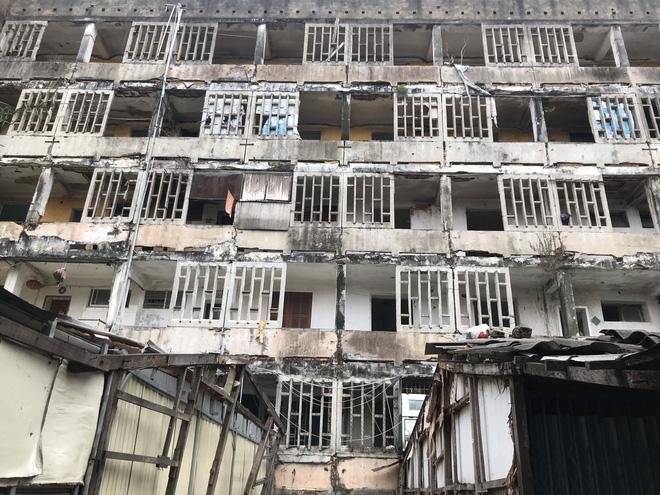 Phá dỡ chung cư tphcm